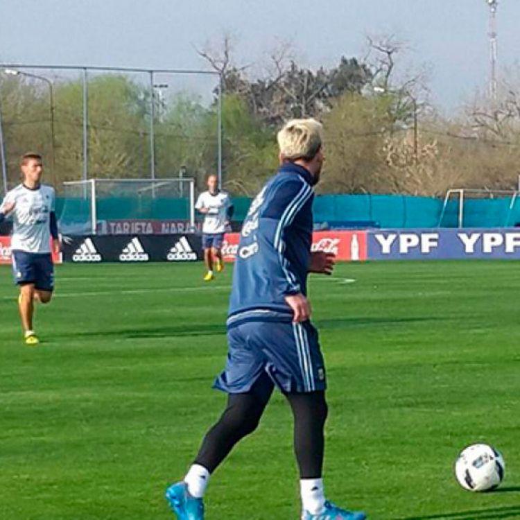 Lio Messi en el entrenamiento de Ezeiza