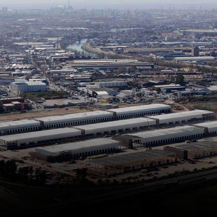 La obra demandó una inversión de 90 millones de dólares que aportaron 63 empresas de logística nucleadas en la FADEEAC.