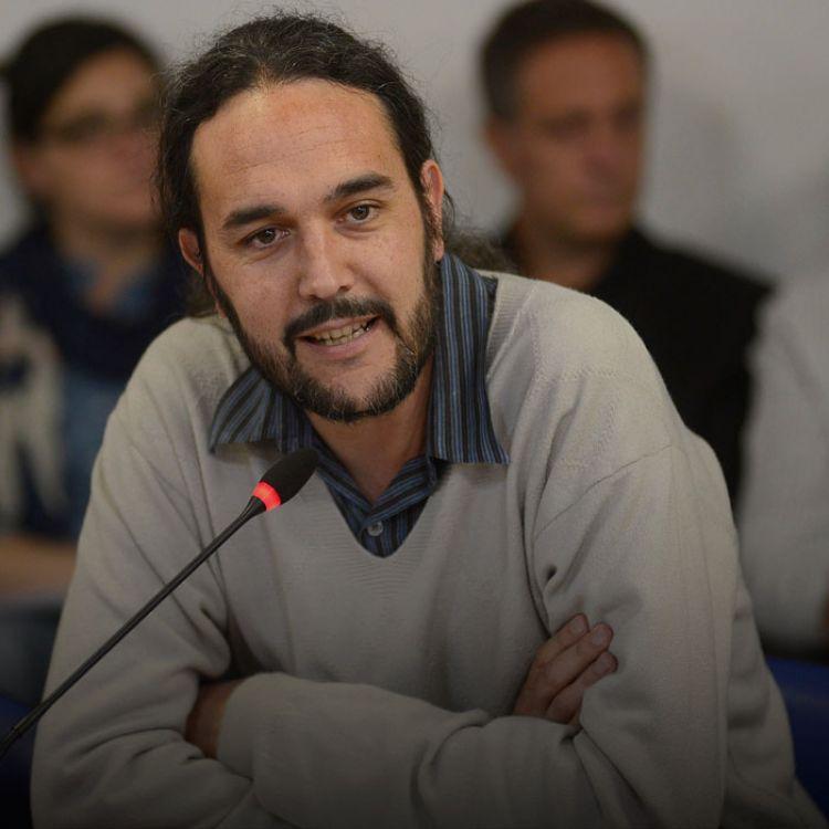 """""""El Estado debería establecer algún tipo de regulación y no perseguir a los consumidores"""", señaló Pablo López."""