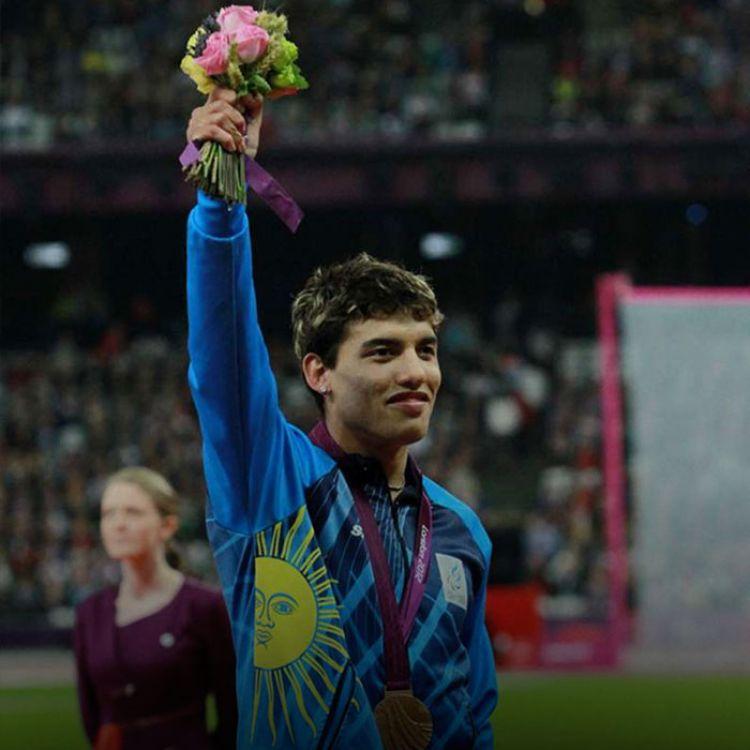 El atleta bonaerense, de la ciudad de Zárate y con 25 años, registró en la competencia decisiva un tiempo de 12s. 85/100.