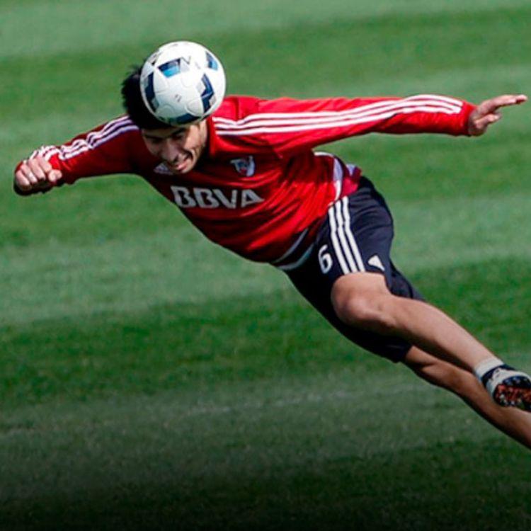 Luciano Lollo, citado para la revancha ante Independiente Santa Fe, aunque sin lugar en el banco de suplentes, podrá ser uno de los relevos.