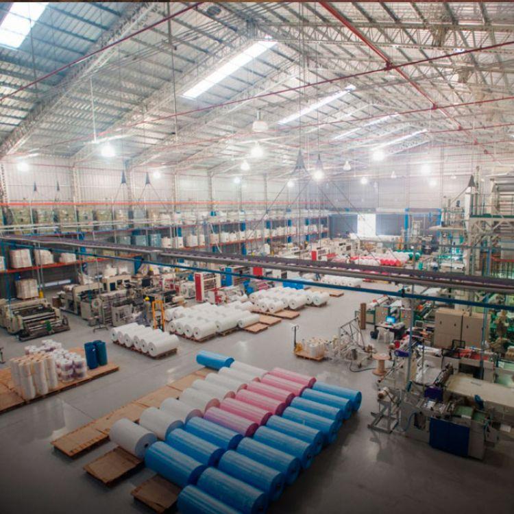 Fábrica de Salta Plast, actualmente está en medio de las ideas para la solución del cuidado del medio ambiente.
