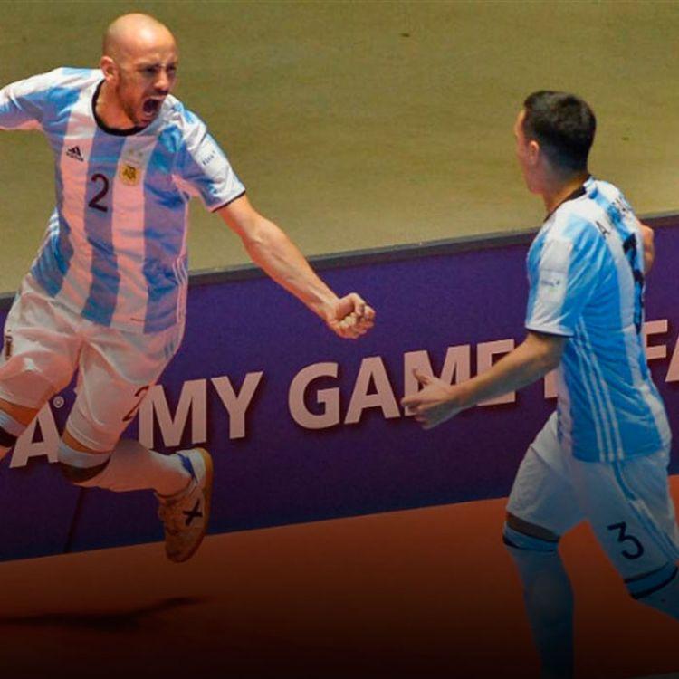 Damian Stazzone festeja uno de los goles de Argentina.