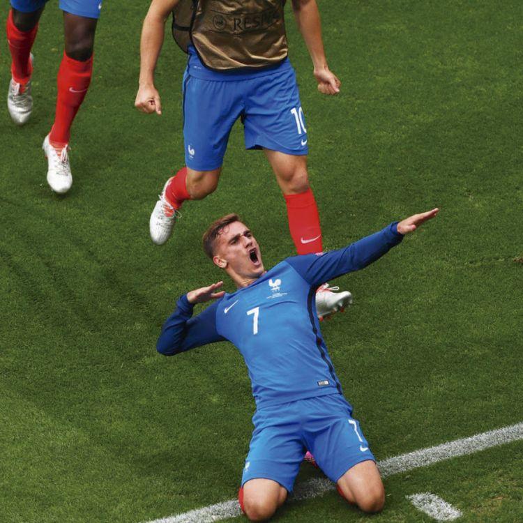 Griezmann festeja uno de los goles