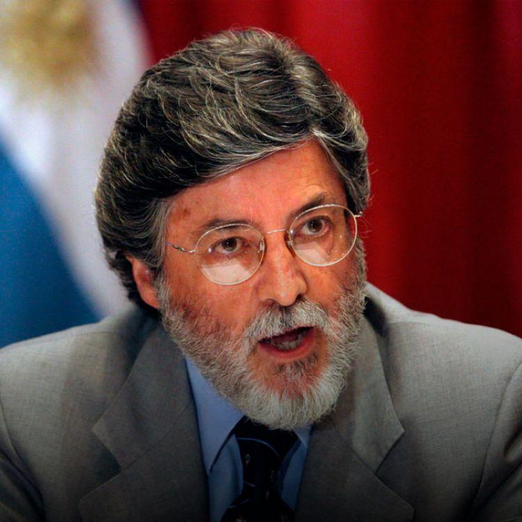 Argentina es la posibilidad para que muchos empresarios grandes y chicos puedan afectar un dinero que hoy está inactivo a la producción.