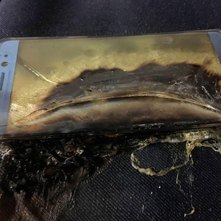Sin embargo,pese a que el gigante tecnológico les suplicó a sus usuarios que devuelvan el dispositivo, algunos se niegan.