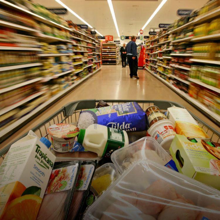 Las cifras corresponden a las ventas realizadas en 61 supermercados de todo el país y en 37 centros de compras (shoppings) en el Gran Buenos Aires.