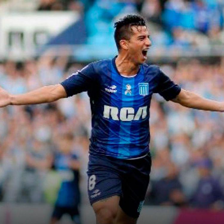 Con esta victoria, Racing suma 14 puntos y está a dos de Estudiantes, líder con 16 y que jugará mañanacon San Lorenzo (14 puntos).
