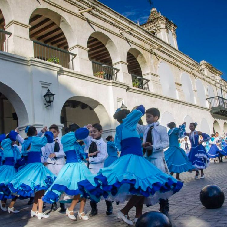 Los festejos del 9 de Julio en el Cabildo de Salta