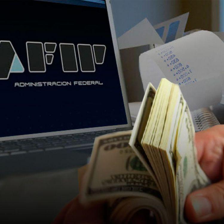 Fue el encargado de anunciar quehasta las 12 horas del 31 de octubre ingresaron al circuito formal de la economía $71 mil millones.