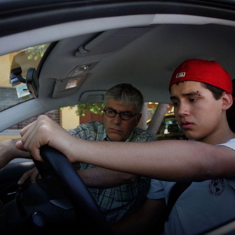 Conducir con un copiloto que no te incomode ni moleste es vital en algunos casos y permite un viaje más confortable.