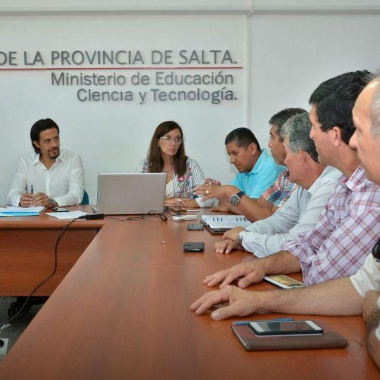 El gobierno salteño busca darle un fin a las negociaciones salariales con los gremios