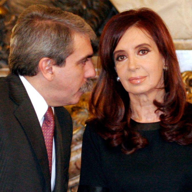 Aníbal Fernandez y Cristina Kirchner son los 2 de los principales acusados.