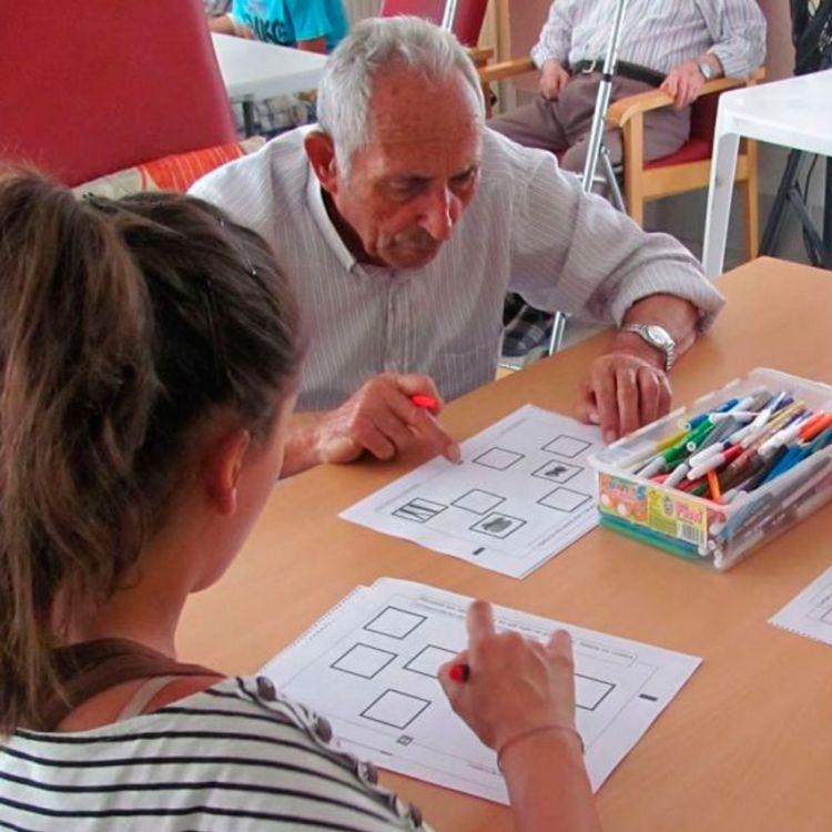 Primer libro de estimulación cognitiva para adultos mayores