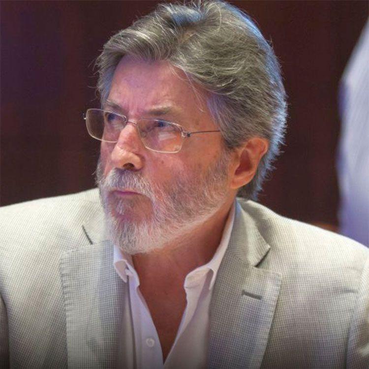 El titular de la AFIP, Alberto Abad firmará acuerdo de intercambio de información tributaria con Brasil