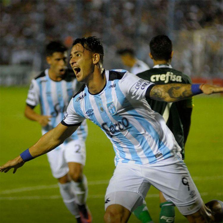 Atlético Tucumán visita a Peñarol por la Libertadores