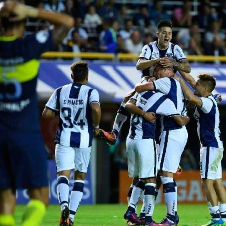 Boca perdió en su cancha 2 - 1 frente a Talleres y desperdició la chance de conservar una buena ventaja