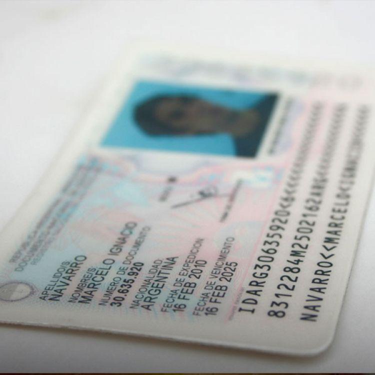Desde abril el unico documento válido será el DNI tarjeta