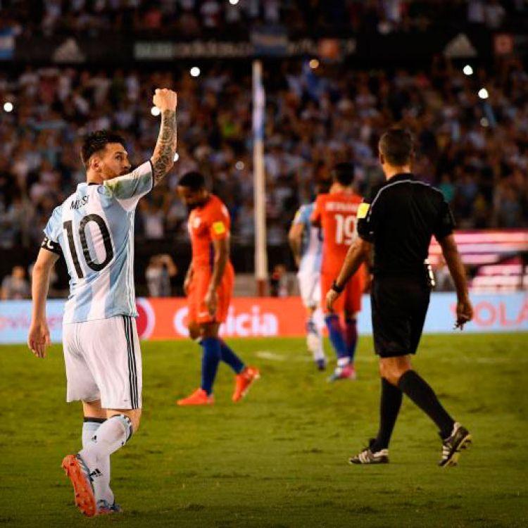 Argentina jugó feo pero le ganó a Chile en un partido lleno de polémicas