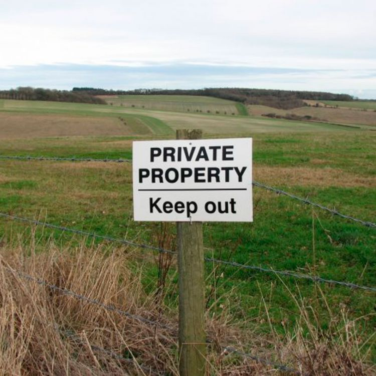 Fuerte rechazo al decreto de Macri que facilita venta de tierras a extranjeros