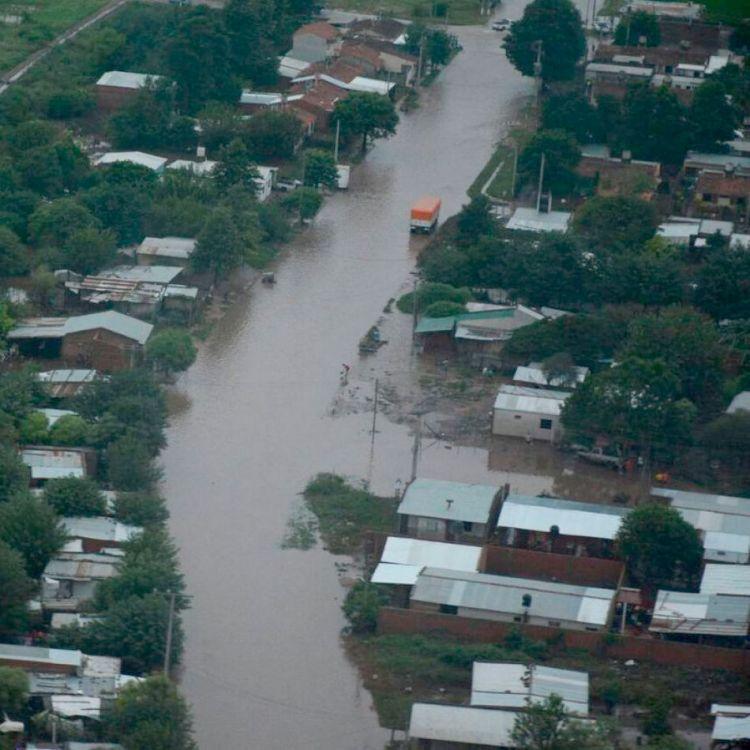 Las Lajitas, localidad salteña bajo el agua