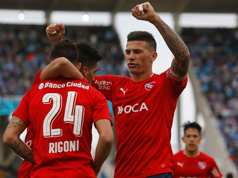 Independiente goleó 5-0 a Patronato