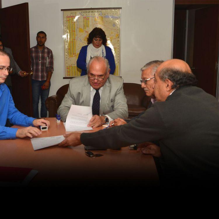 La Municipalidad encabeza un proyecto de reordenamiento urbano.