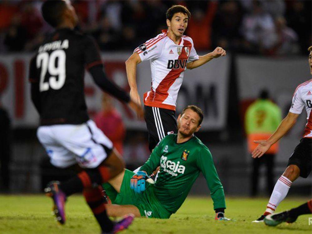Gol de Nacho Fernández de taco para  River Plate