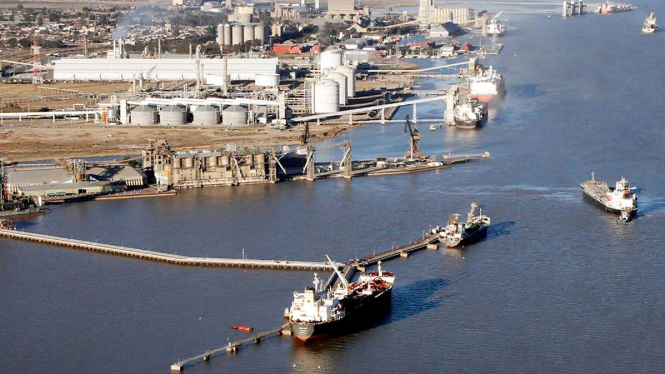 Invertirán 60 millones de pesos para almacenar aerogeneradores en el puerto de Bahía Blanca