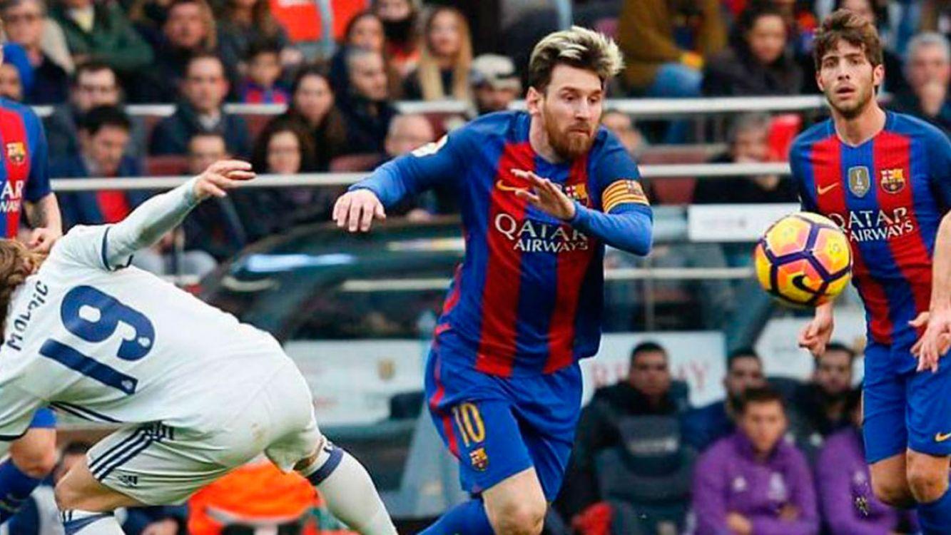 A que hora juegan Real Madrid vs Barcelona