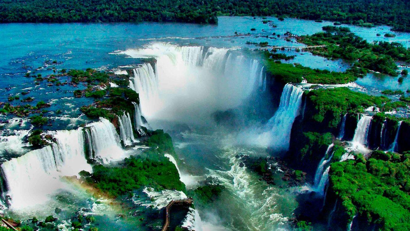 Imágen aérea de las Cataratas del Iguazú