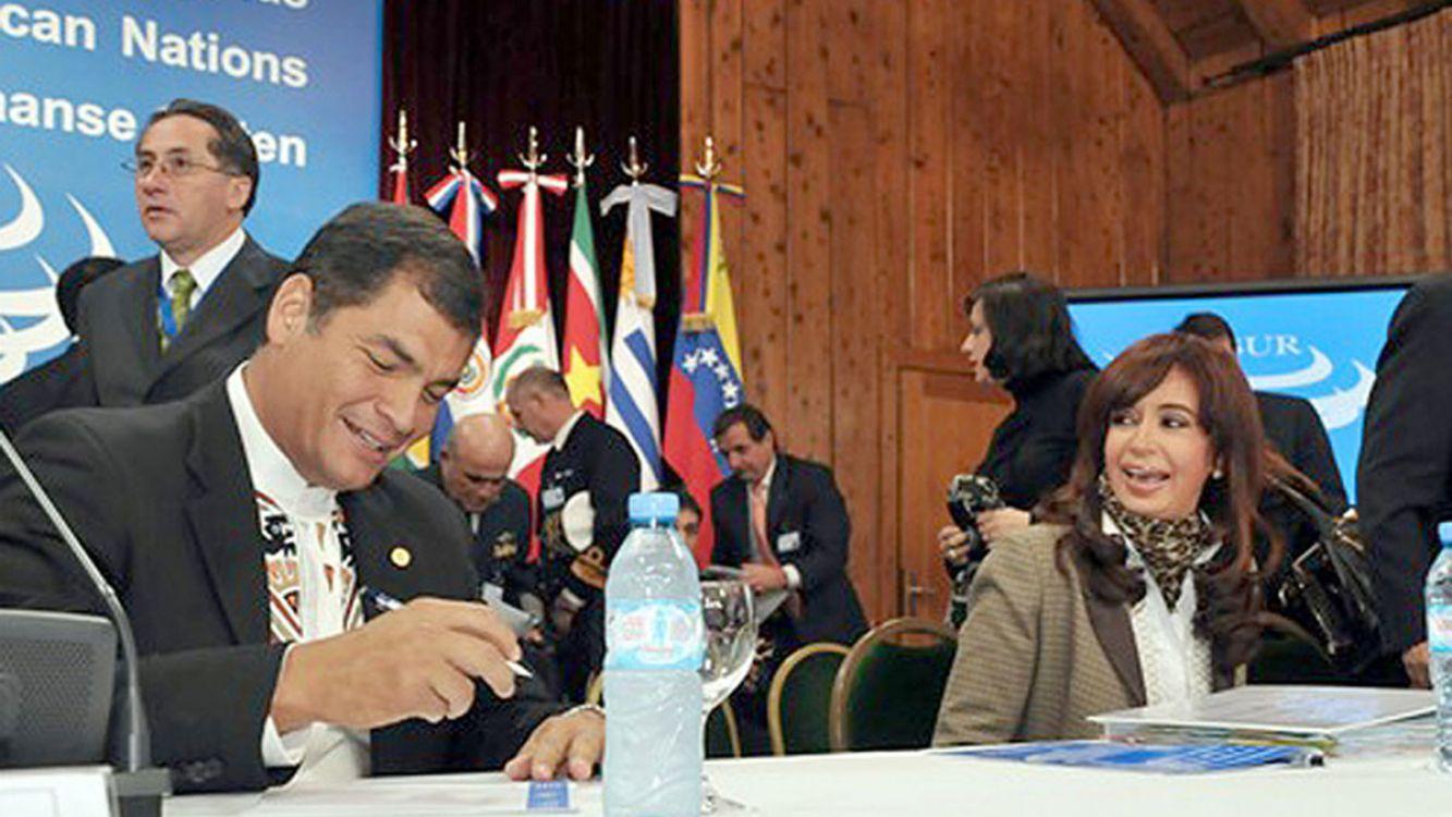 Rafael Correa y Cristina Fernández de Kirchner en