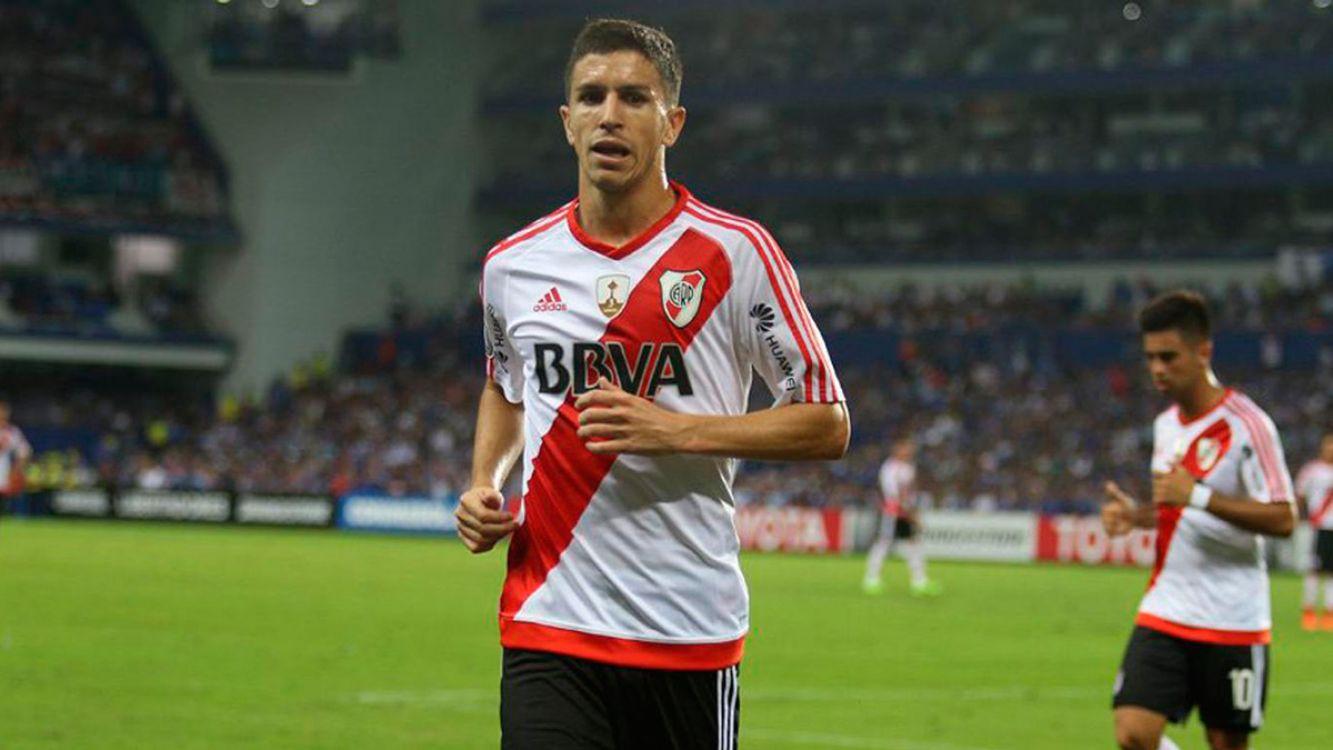 Nacho Fernández sufrió un desgarro frente al Emelec