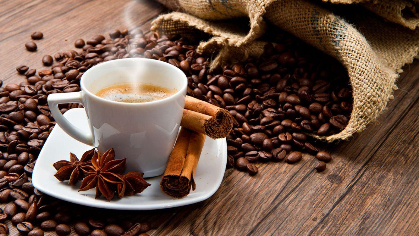 ¿Cuál es la cantidad máxima de café que se debe consumir por día?