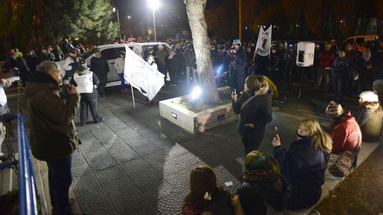 """Los santacruceños hacen una Asamblea Abierta y quieren declarar """"Persona no grata"""" a Cristina Fernández"""