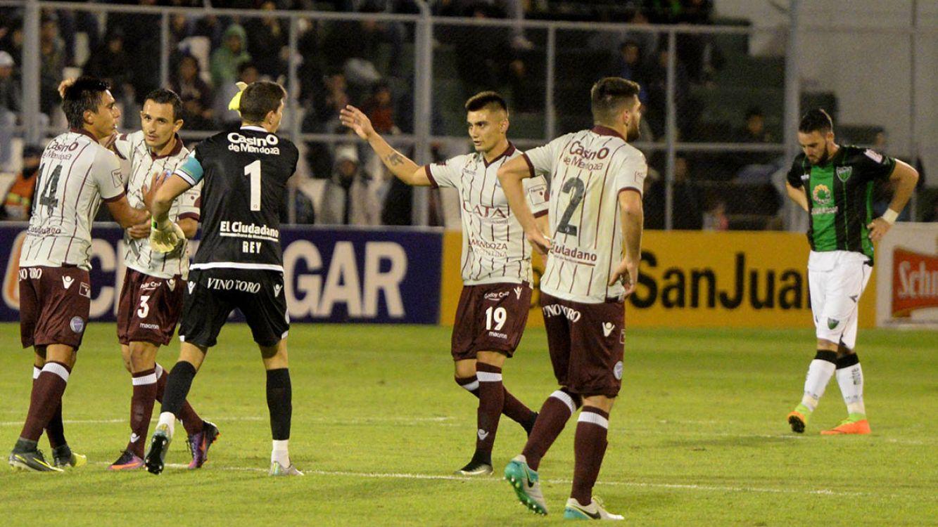 Godoy Cruz de Mendoza le ganó 2-1 a San Martín de San Juan