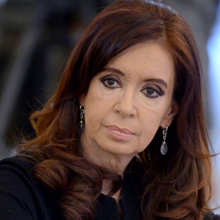 Cristina y su preocupación ante las investigaciones que la vinculan con Hotesur y el lavado de dinero.