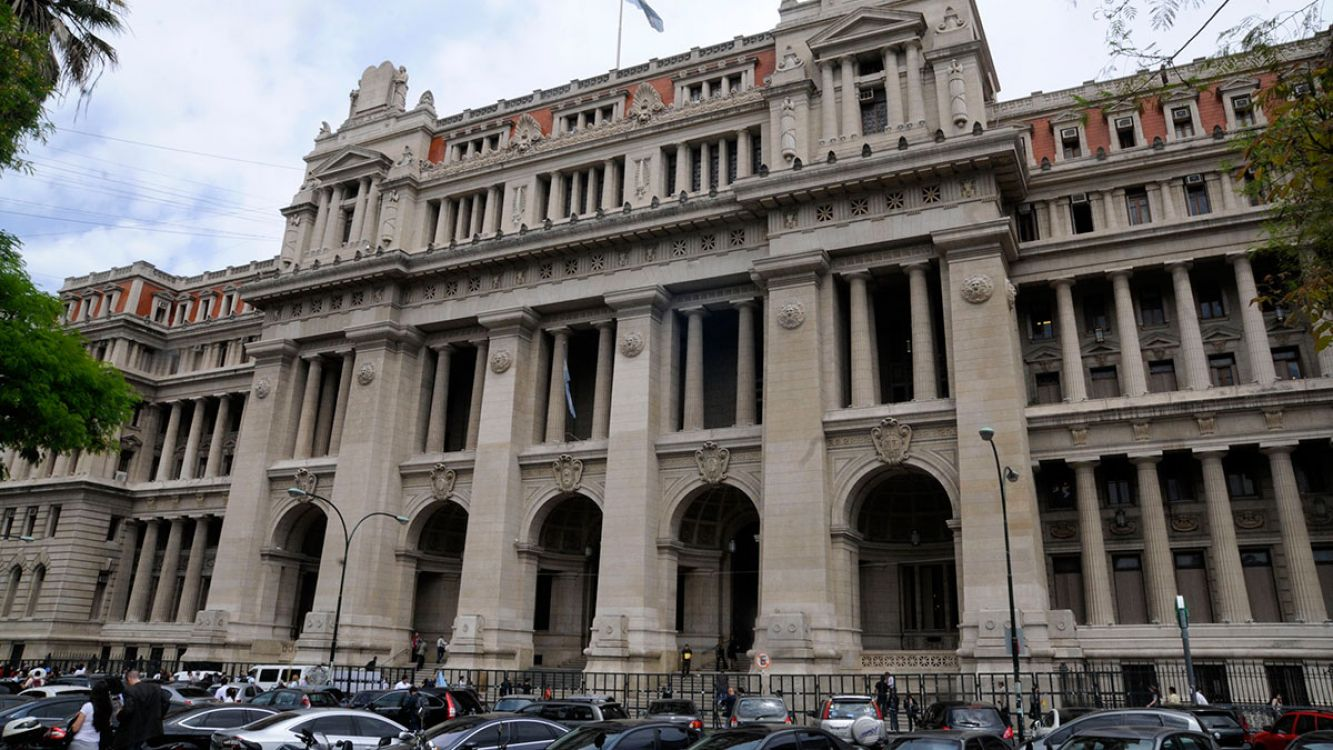 Palacio de Justicia, Tribunales