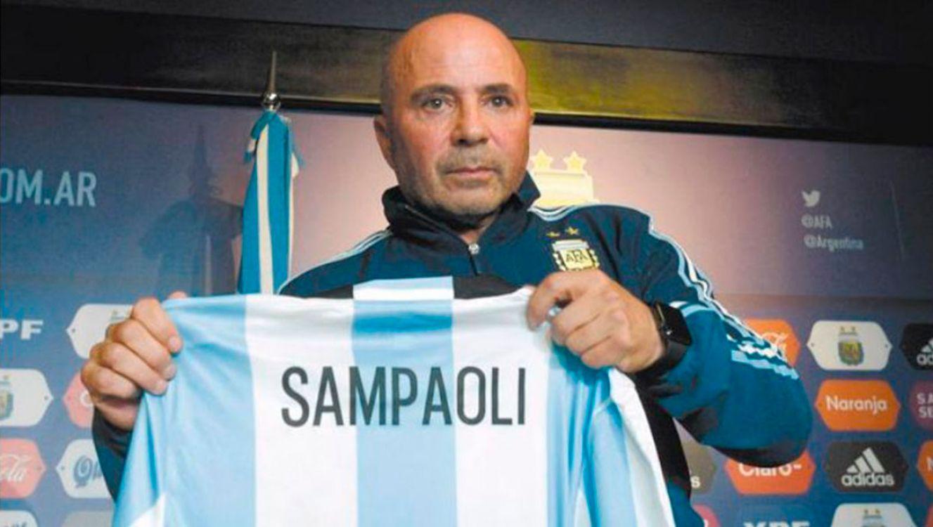 AFA le re-negoció el contrato a Sampaoli a último momento. Mirá los números!