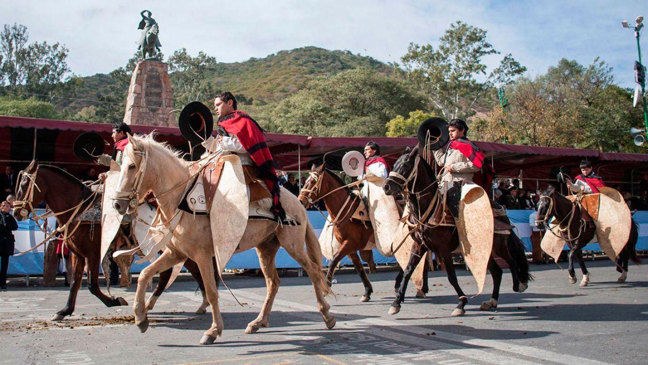 El homenajearon a Güemes en Salta, el héroe gaucho.