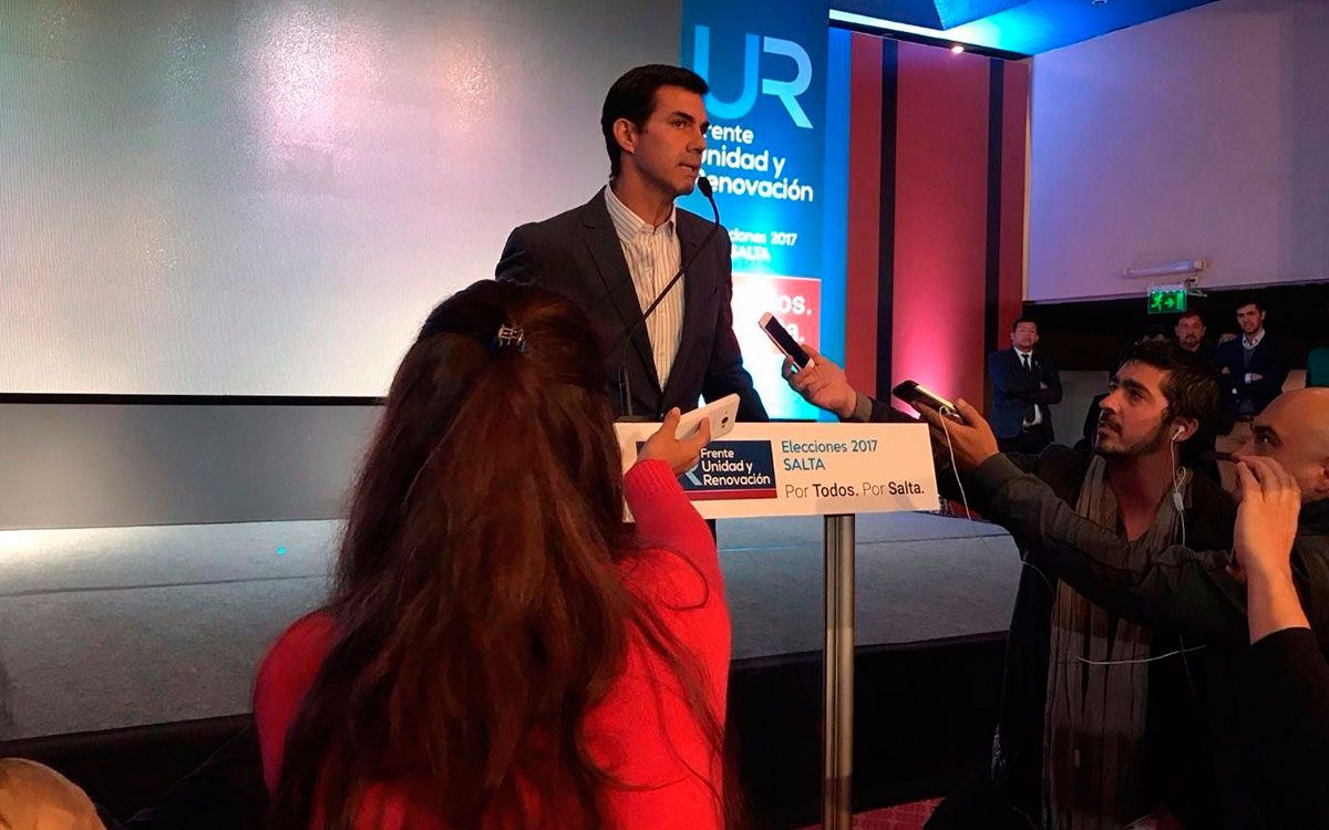 """Urtubey, el primer """"peronista"""" en felicitar a Macri por la victoria"""