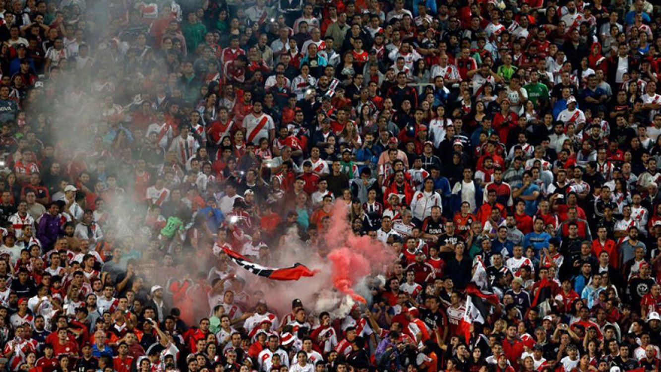 Las populares de River para la final de la Copa Argentina se agotaron .
