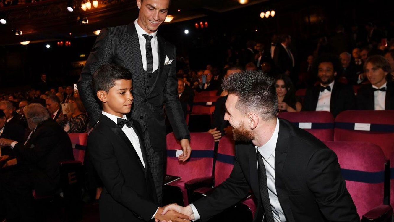 """La fotografía fue sacada en los premios """"The best"""", donde eligen el mejor jugador del mundo."""