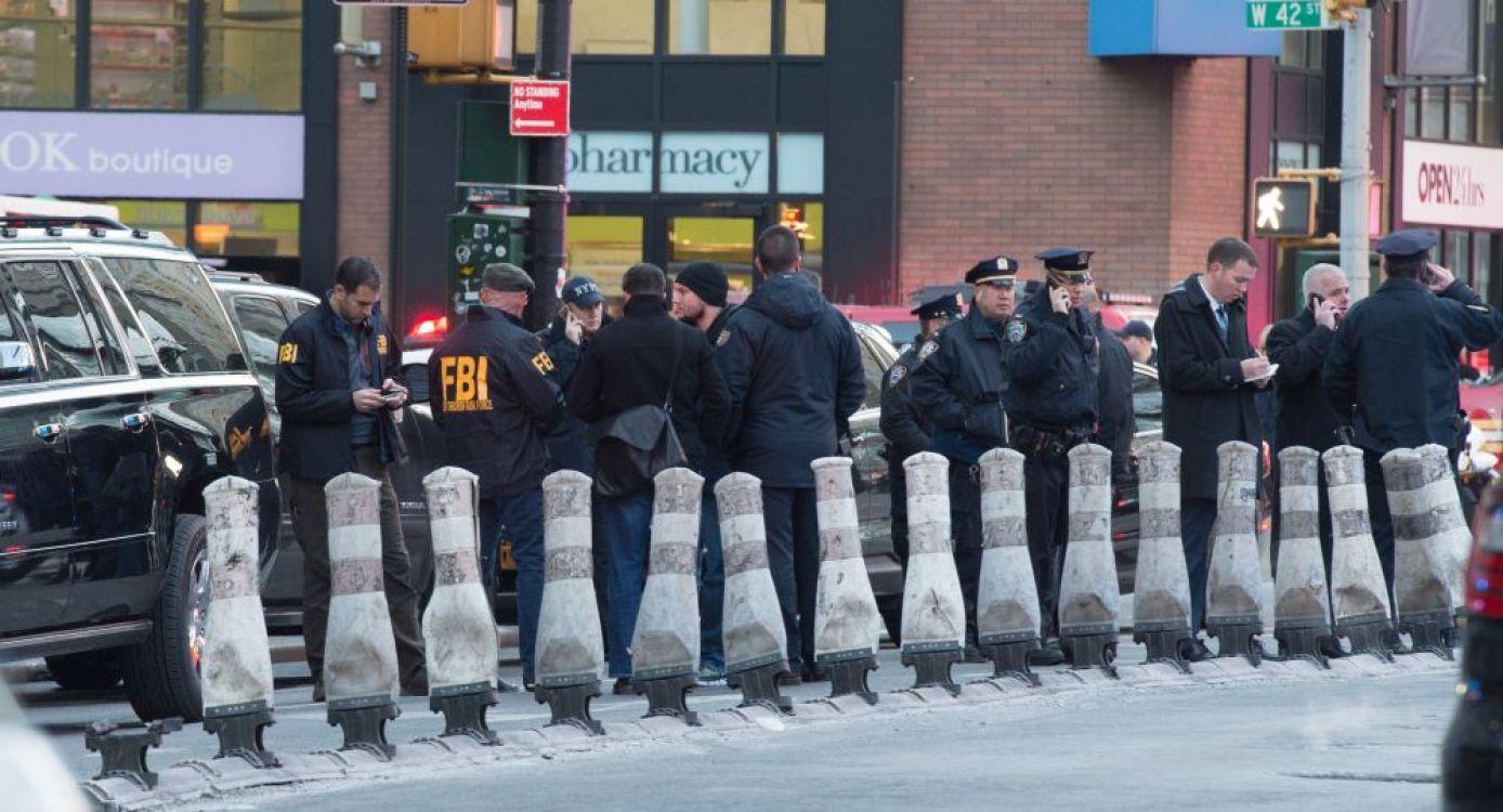 Conmoción en Nueva York: confirman atentado en la estación central de micros