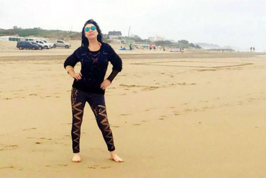 El topless de Moria Casán en Mar del Plata