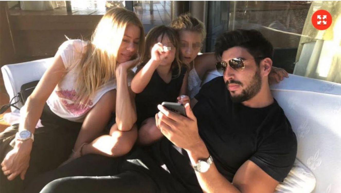 Nicole Neumann y dos de sus hijas, junto a Facundo Moyano