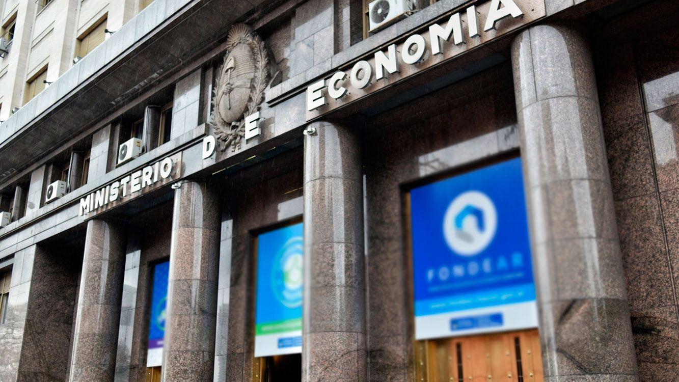 Así surge deldecreto 2/2018firmado por el presidenteMauricio Macri,el jefe de gabinete, Marcos Peña y el ministro de Finanzas,Luis Andrés Caputo.