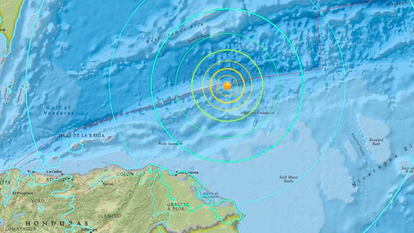 Terremoto 7,6 sacude el caribe frente a la costa de Honduras