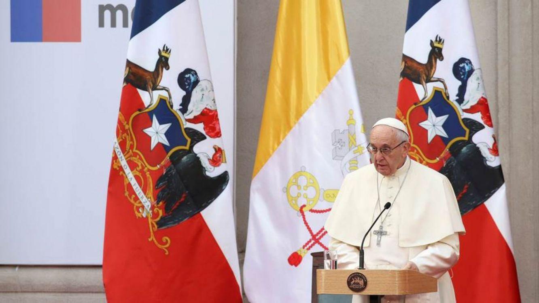 """El Papa dijo sentir """"dolor y vergüenza"""" por los abusos a niños"""