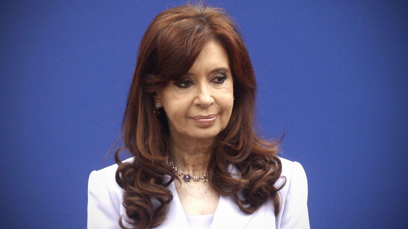 """Cristina sobre el anuncio de Macri: """"¿Son, se hacen o piensan que somos estúpidos?"""""""